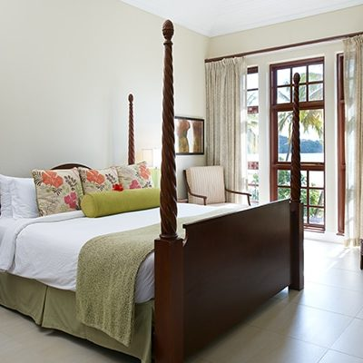 Luxury Beach Front Rooms at Rendezvous